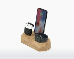 Triple Dock iPhone Eikenhout/Walnotenhout