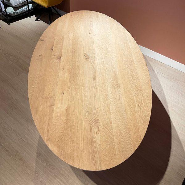 eiken houten eet tafel ovaal bovenaanzicht zonder stoelen Dami living